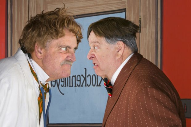 """Stars shine brightly in Arizona Theatre Company's """"The Sunshine Boys"""""""