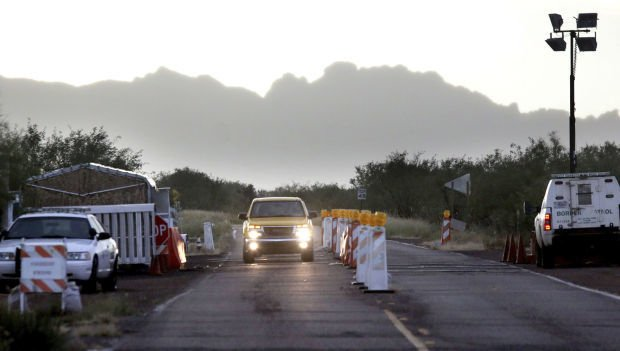Border officers in Arizona now must wear masks during pandemic
