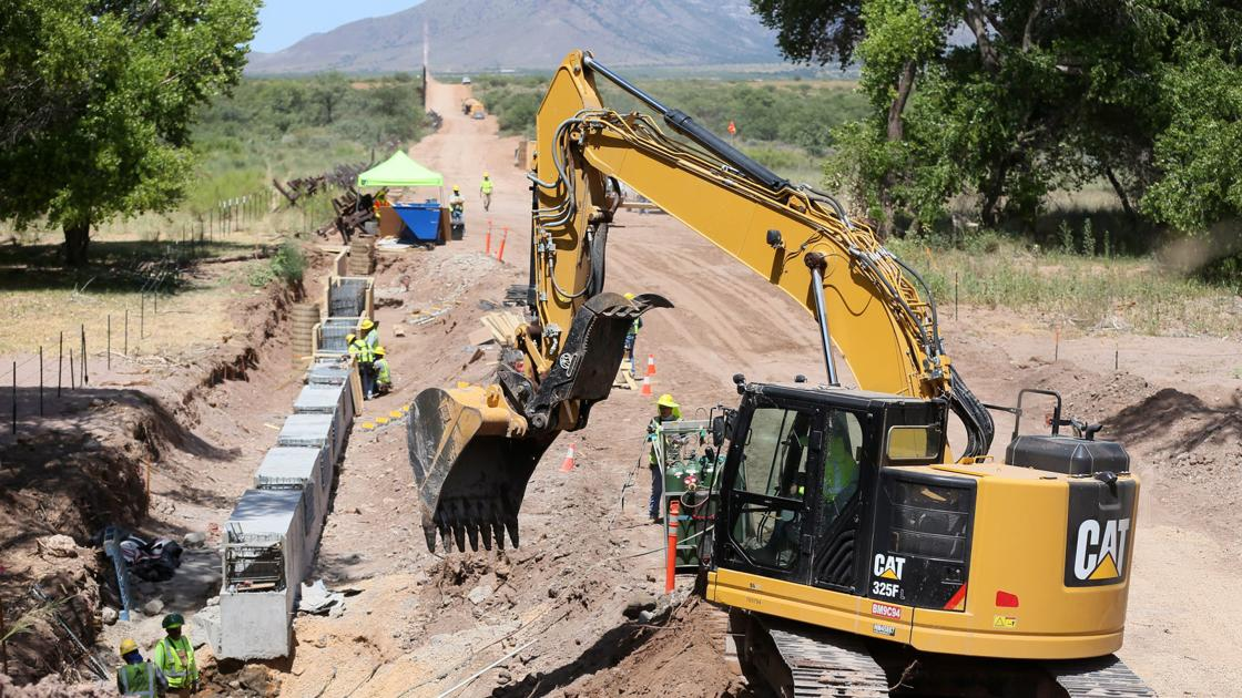 As monsoons loom, feds 'roll the dice' on building border wall in San Pedro River