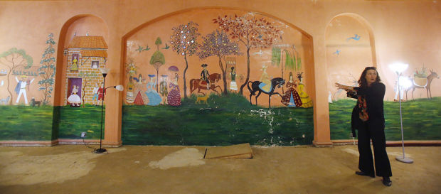 Neto's Tucson: Former club contains historic but deteriorating mural
