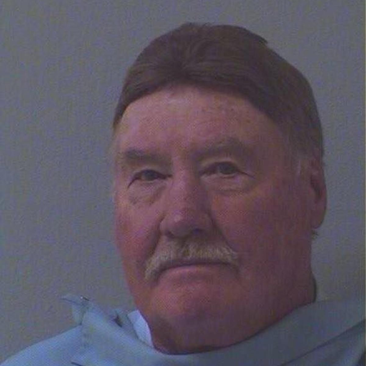 Former UA professor gets probation for theft from student-run meat