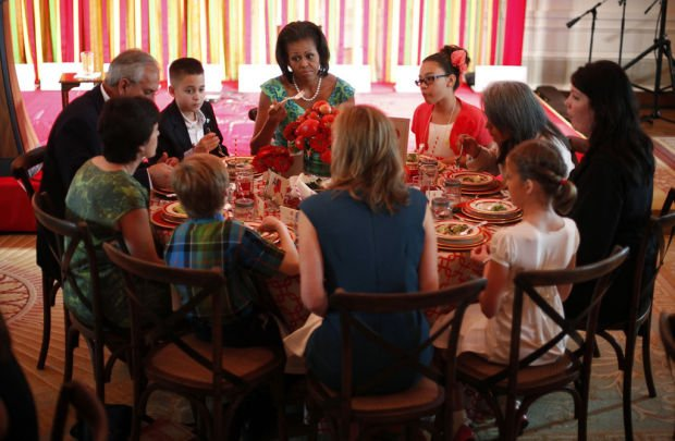 Lunch with Michelle Obama is top price in contest for nutritious, yummy lunch recipes