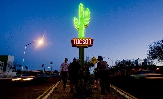 Neon saguaro sign harkens to Miracle Mile's initial glow