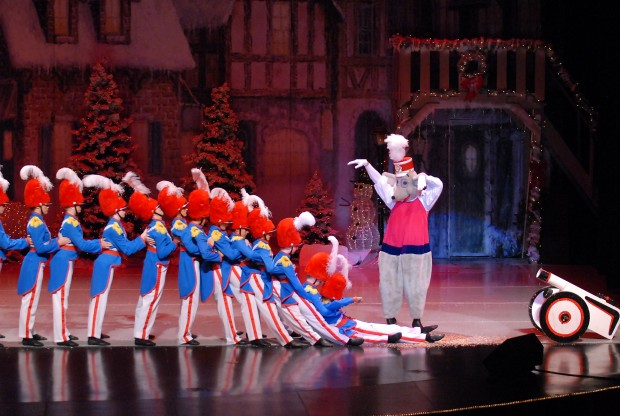 upcoming christmas stage shows to bring a touch of broadway to the saddlebrooke performance center - Broadway Christmas Shows