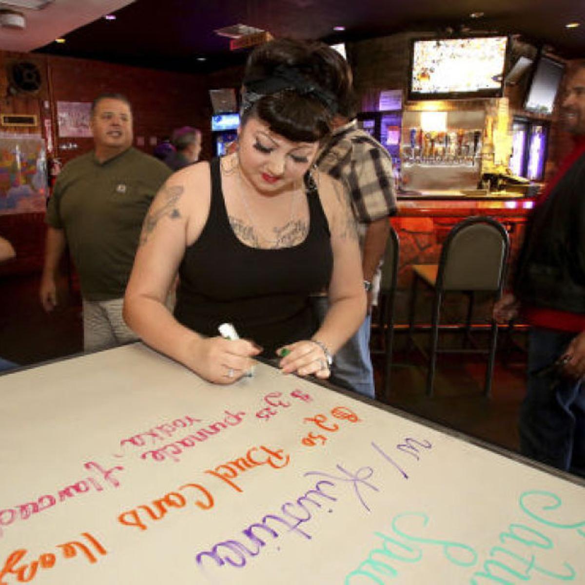 Tucsons Wooden Nickel Turns 30 Neighborhood Bar To Mark Milestone