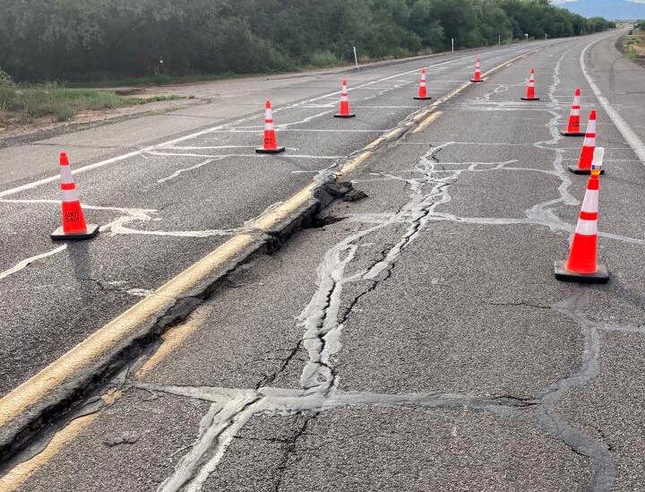Cracks, Arizona 80