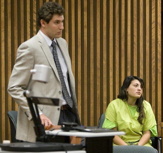 Tucson teen admits to role in beating death of father