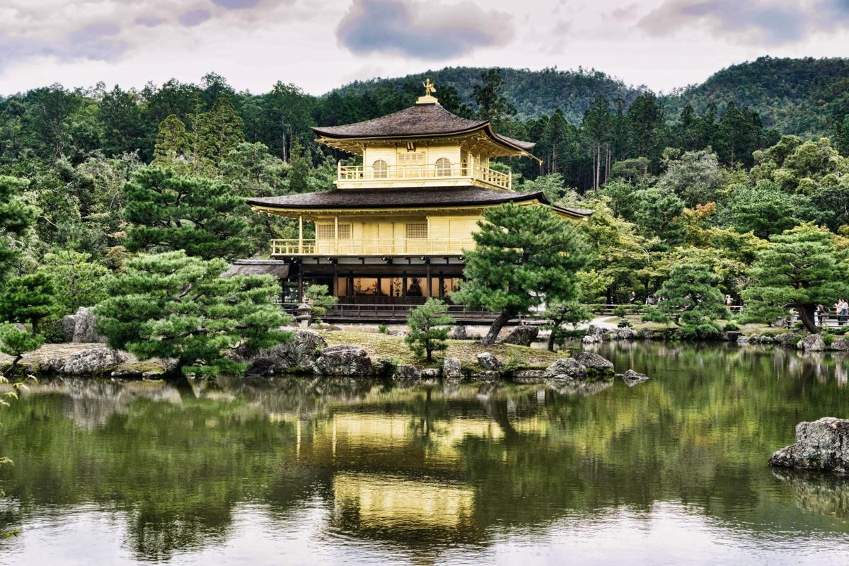 Kyoto-Golden-Pavilion-3.jpg