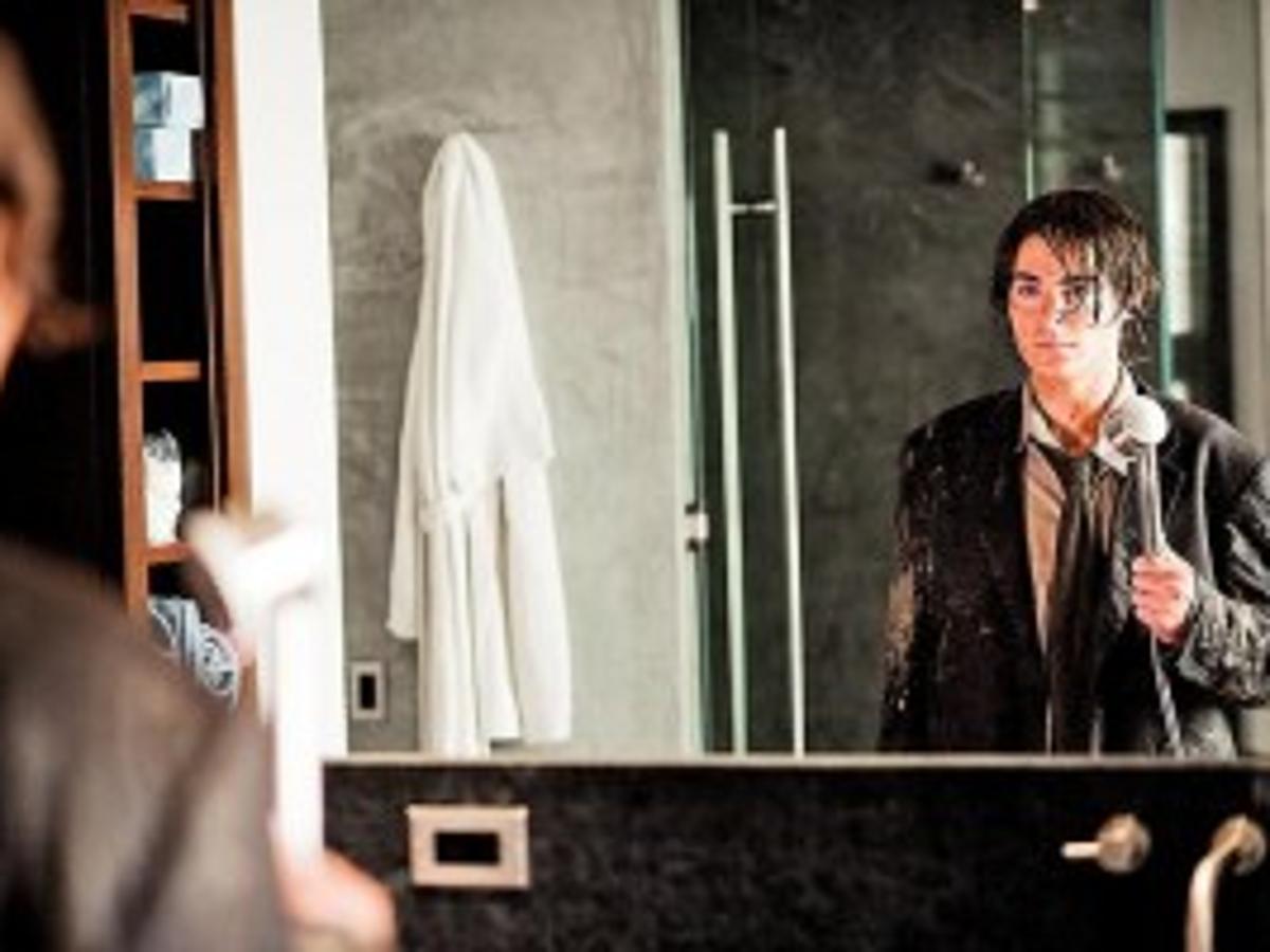 Efron movie cincinnati zac in Crew from