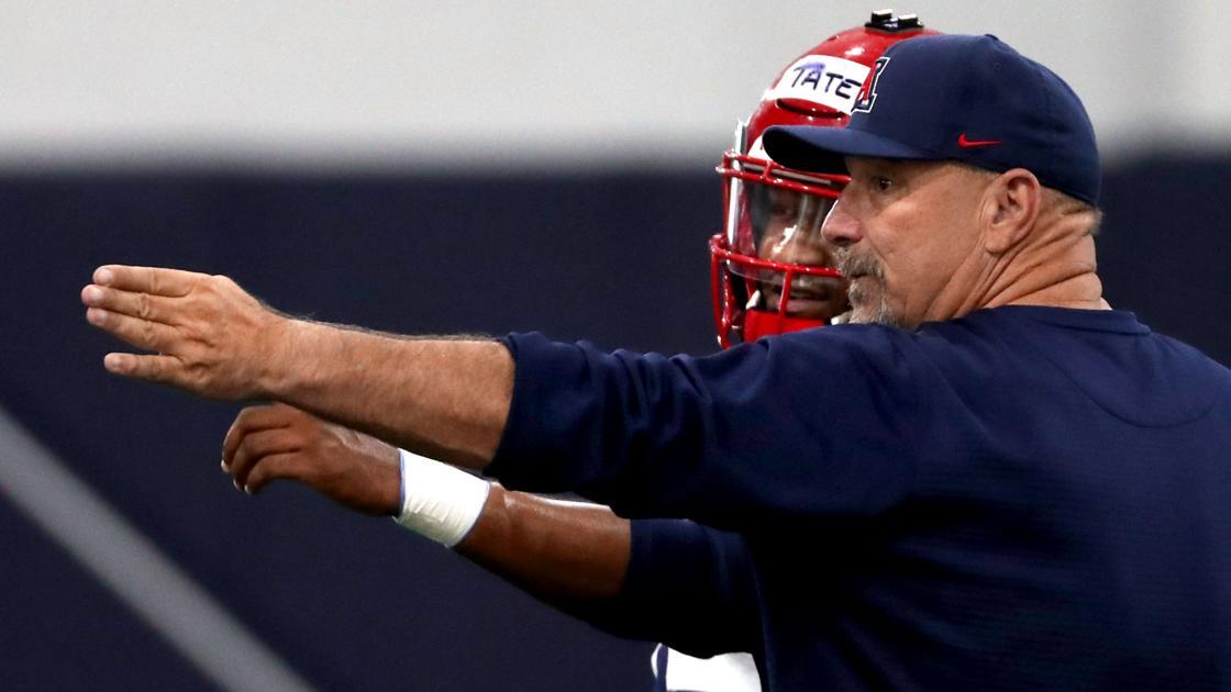 Watch: 10 best things Noel Mazzone said after Arizona's preseason practice
