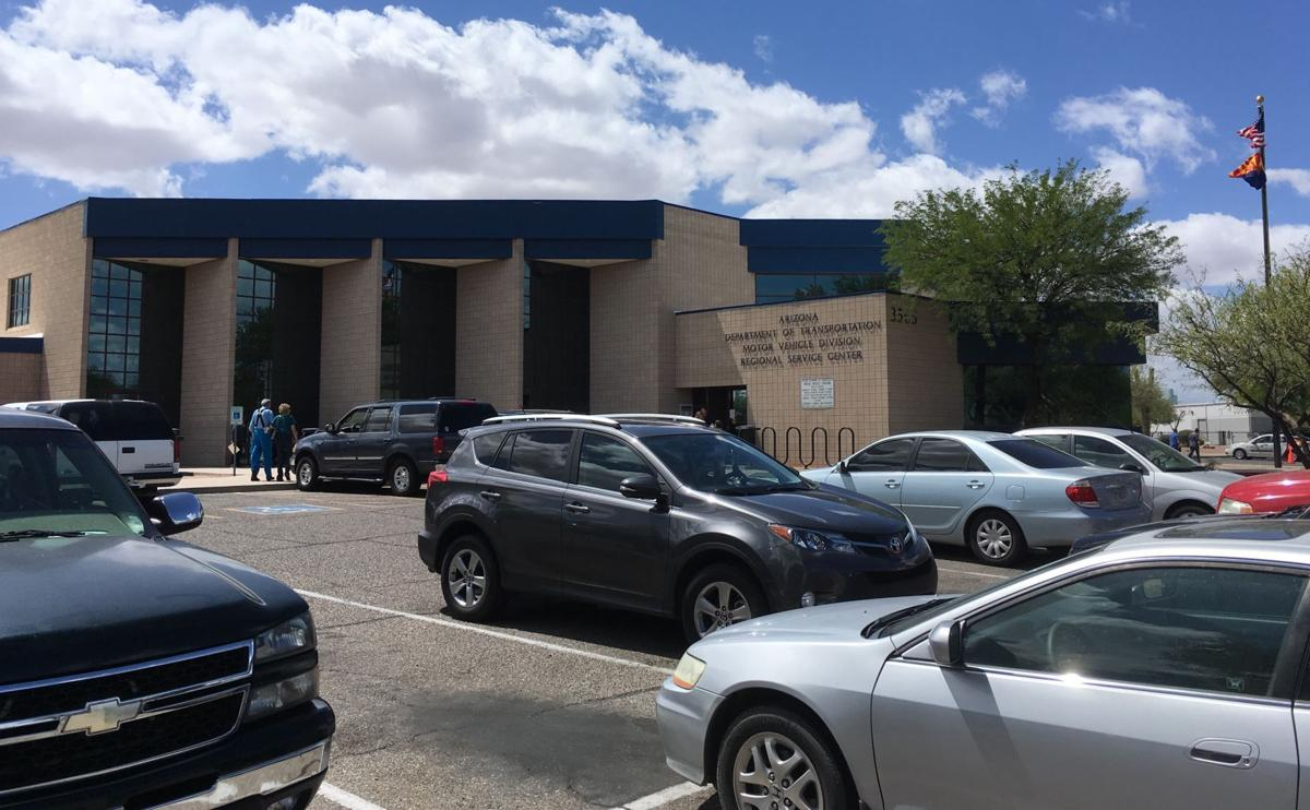 Mvd office on tucson 39 s south side closed through monday for Department of motor vehicles chicago