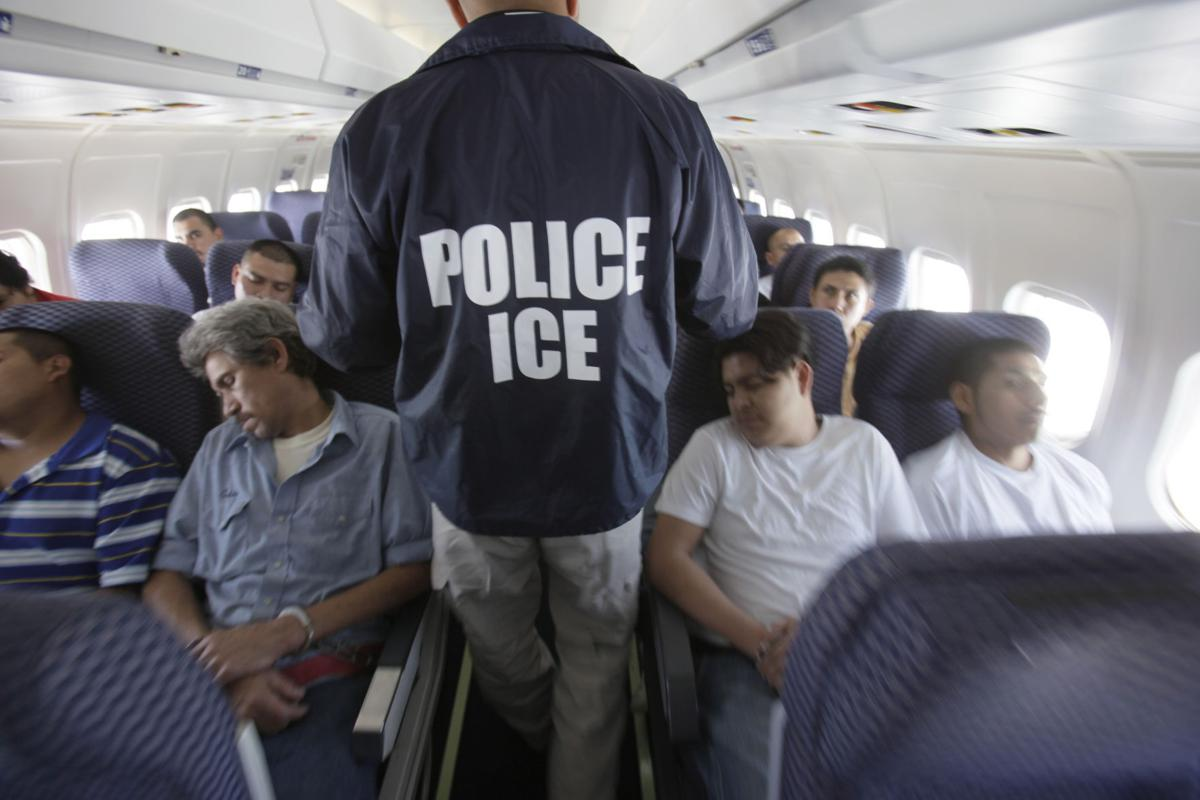 Homeland Security ICE AIR