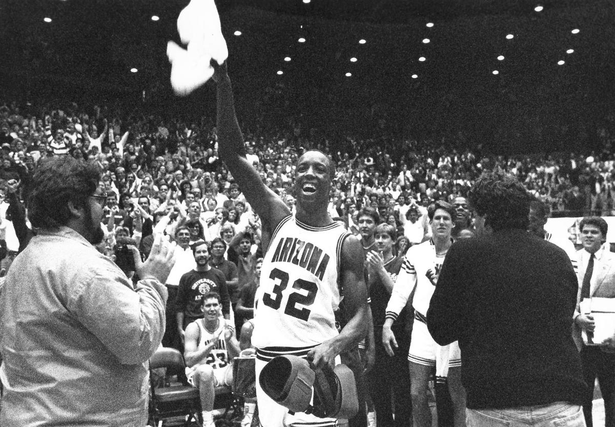 Arizona Wildcats  Sean Elliott named to College Basketball Hall of Fame  85cefc04f