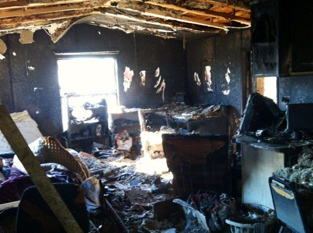 Mobile home fire closes road on Tucson's NW side