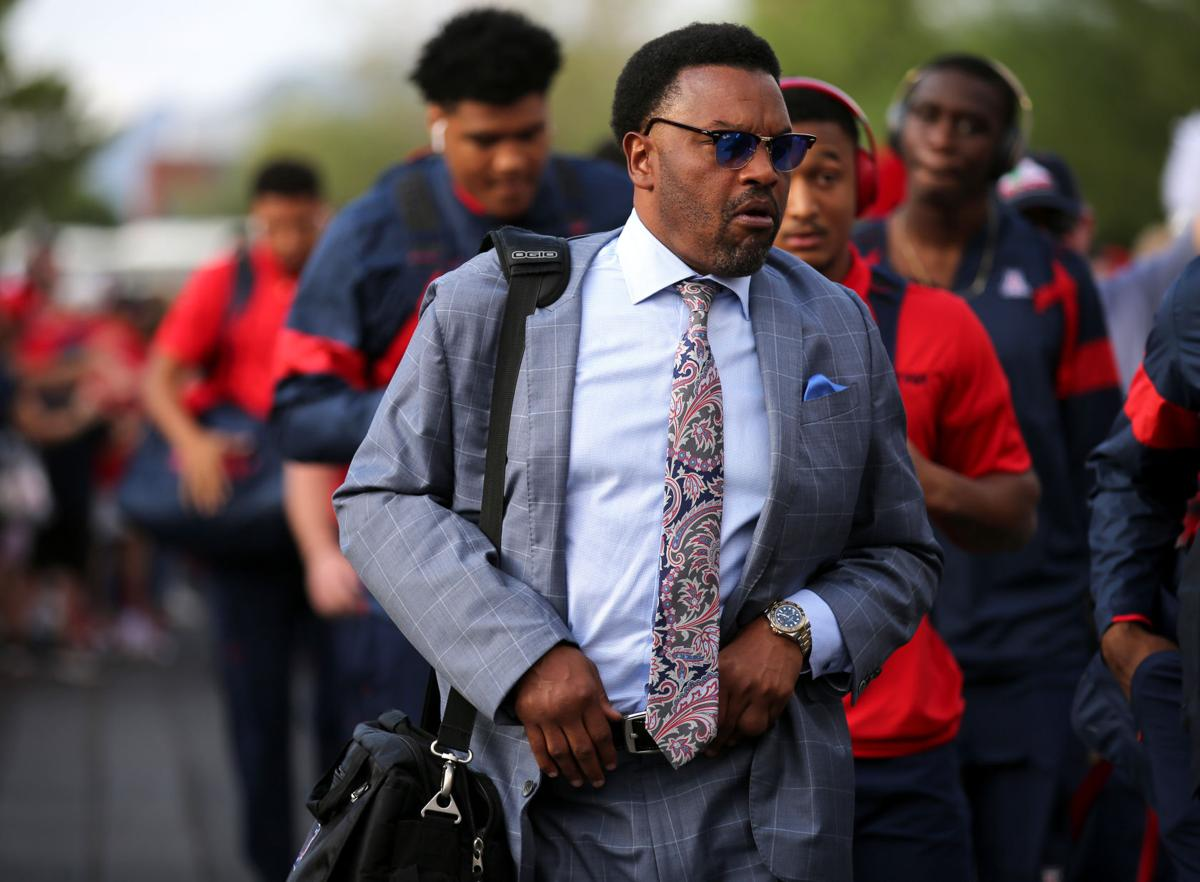 Swagcopter has returned! Kevin Sumlin flies into Phoenix HS football game to recruit