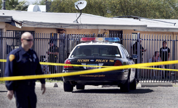 Police kill man who was hiding in doghouse