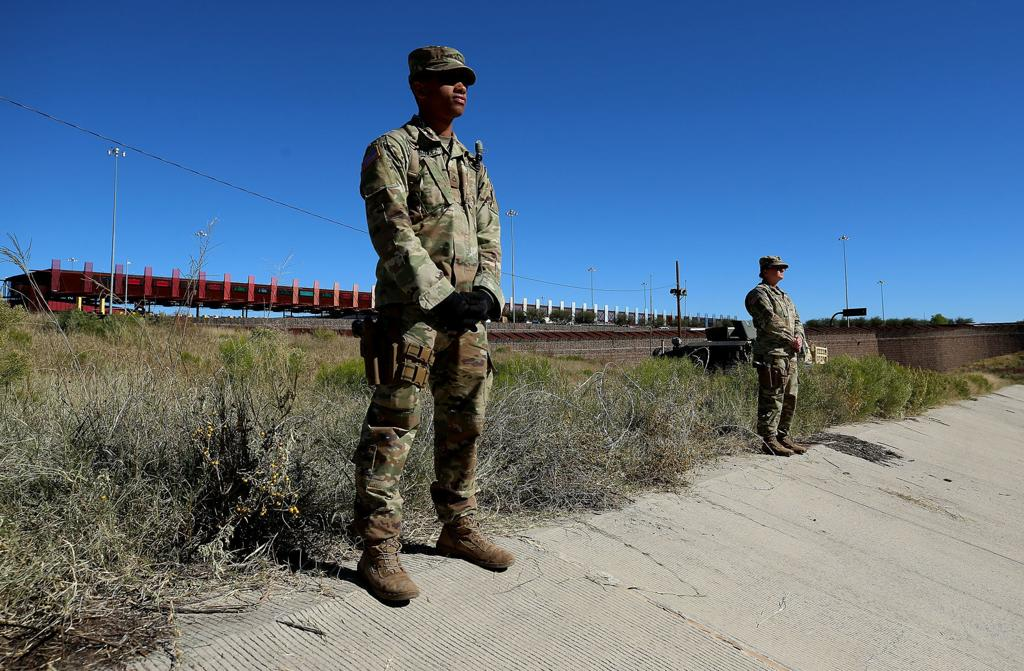 Military Presence Lane Blockades At Ports Of Entry Cause Concern In Nogales Local News Tucson Com