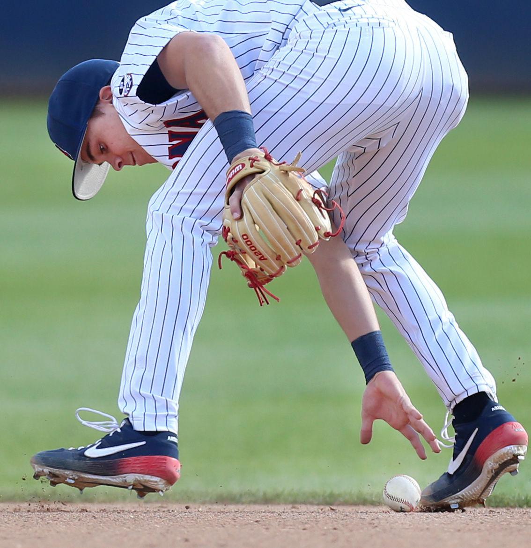 021719-spt-ua baseball-p16.JPG
