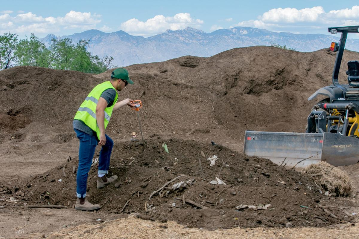 050519-hl-compost-p1.jpg