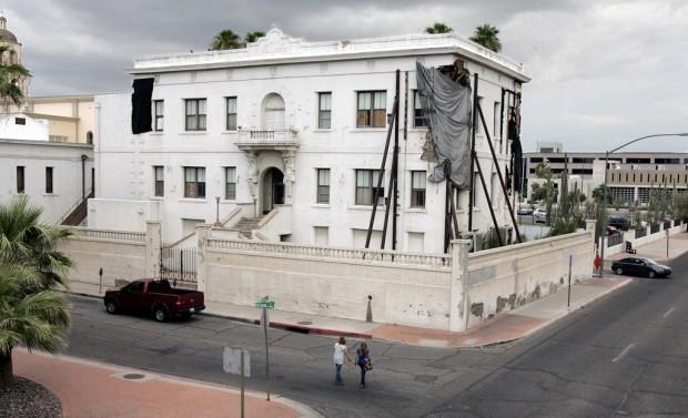 City won't rescue Marist College; diocese contemplates demolition