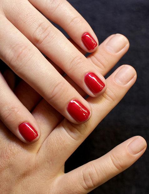 Shellac nail treatment