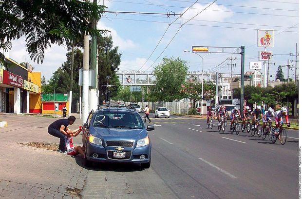 Captan maltrato a ciclista