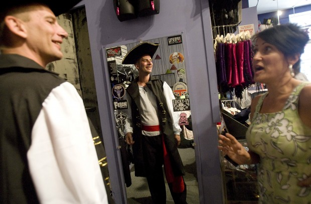 Halloween garb gets creative in N. 4th, downtown shops