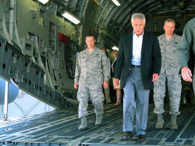 Hagel: Defense budget will tighten in '14
