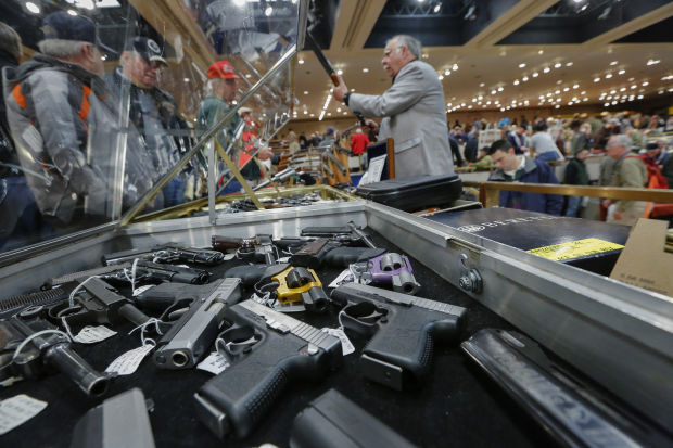 Background checks now mandatory at some Tucson gun shows