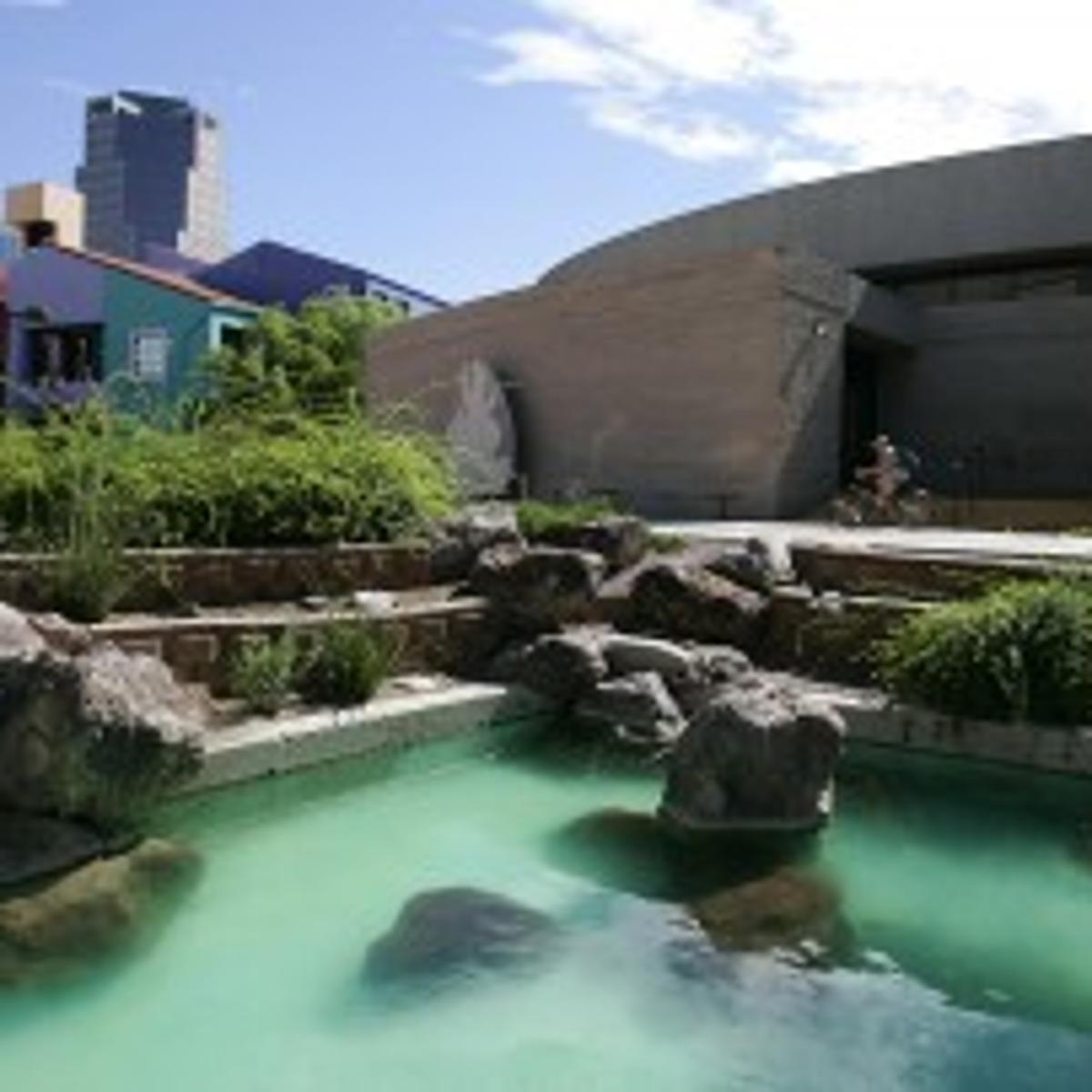 Neighbors History Bubbles Up In Debate Over Fountains Local