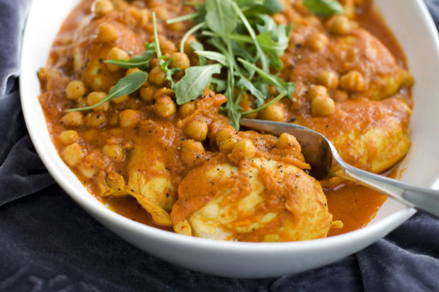 Sweet, savory flavors contrast in fast chicken curry - sans fat