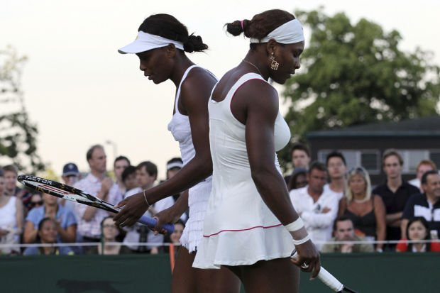 'Serena and Venus' a rare look at tennis stars' personal side