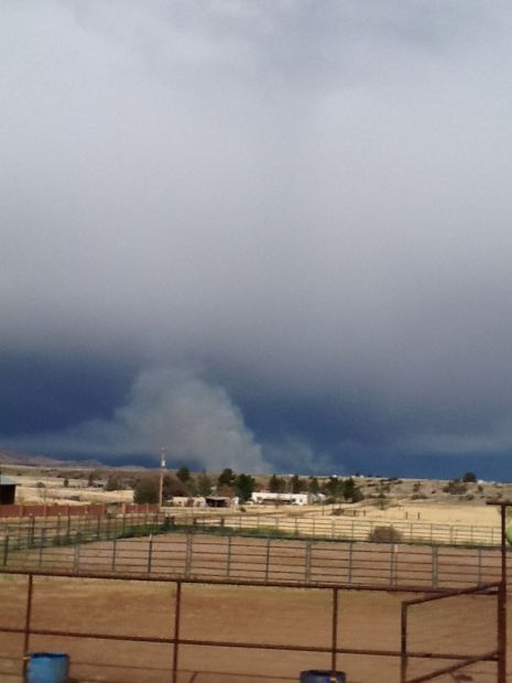 New wildfire moving fast near Elgin
