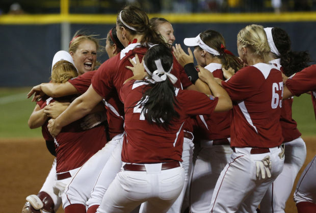 Women's College World Series: Oklahoma 4, Tennessee 0: Ricketts leads Sooners to title