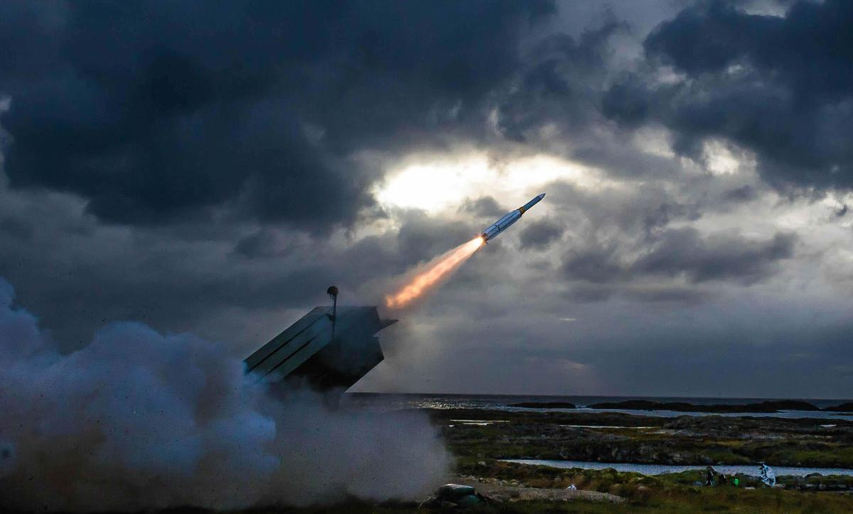 Raytheon tests air missile with ground system