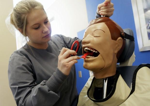 program trains high school students for dental jobs