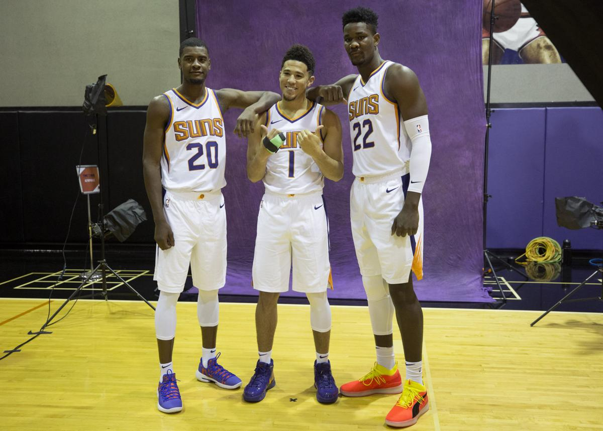 538586280841 Phoenix Suns bonding with Deandre Ayton ... and Sean Miller