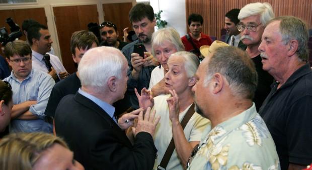 Tucsonans give McCain earful