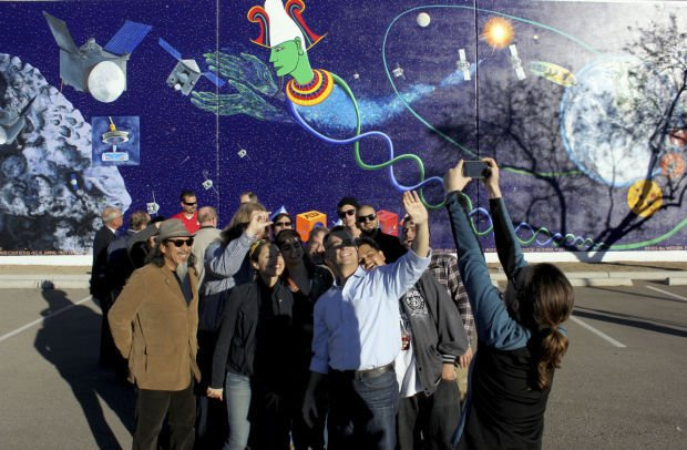 OSIRIS-REx mural