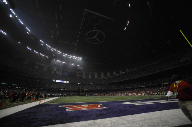 Photo of the day: Lights out for Super Bowl XLVII