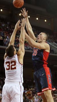 Arizona basketball: On fumes, injuries, high flyer | Arizona