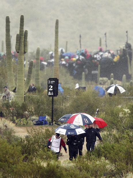 Greg Hansen: Spirit of fun despiteth chill in Tucson
