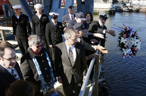 Deadly '63 sub disaster is recalled at ceremony