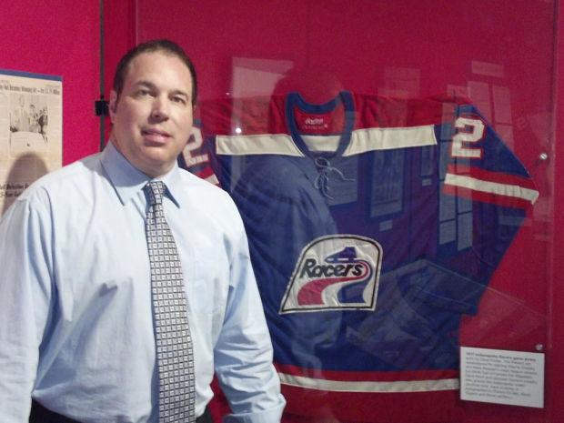Hockey: Ice reward: Tucsonan sees WHA get its due