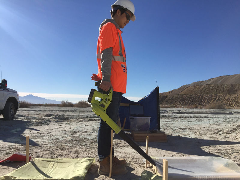 Tucson Tech: UA prof invents better way to keep dust down