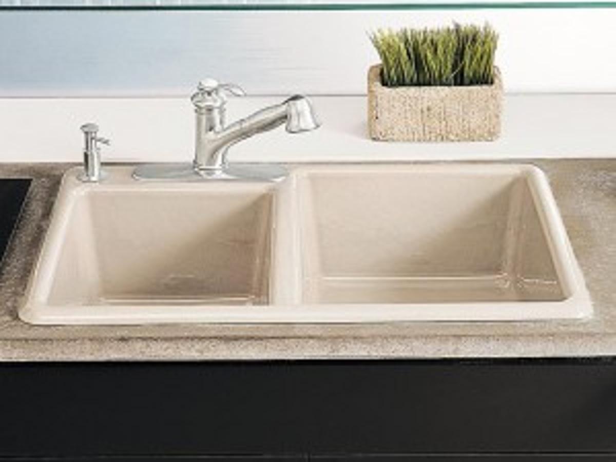 The Pros Cons Of Undermount Vs Top Mount Sinks Home Garden Tucson Com