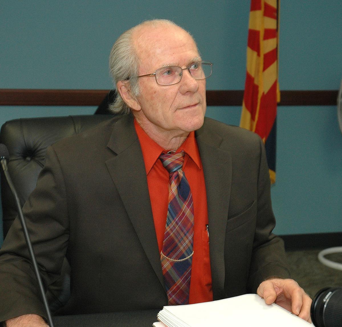 Arizona Utility Regulator Rejects APS's Financial