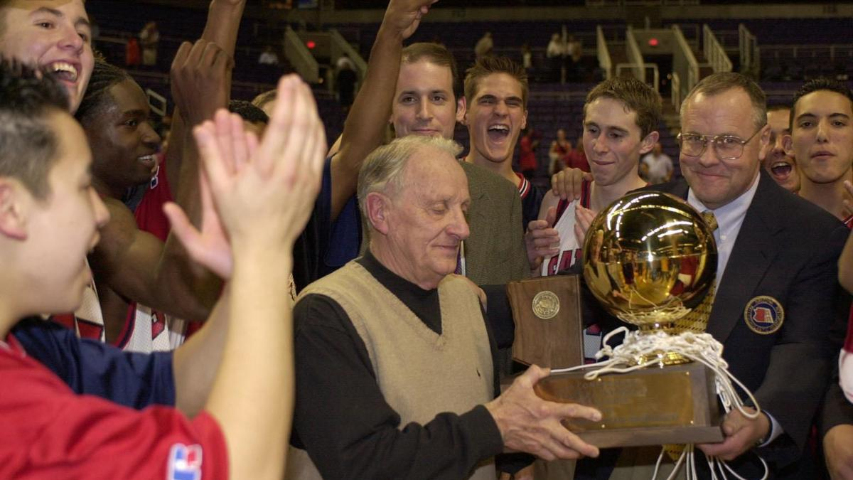 Greg Hansen's top 10 high school boys basketball coaches in Tucson history