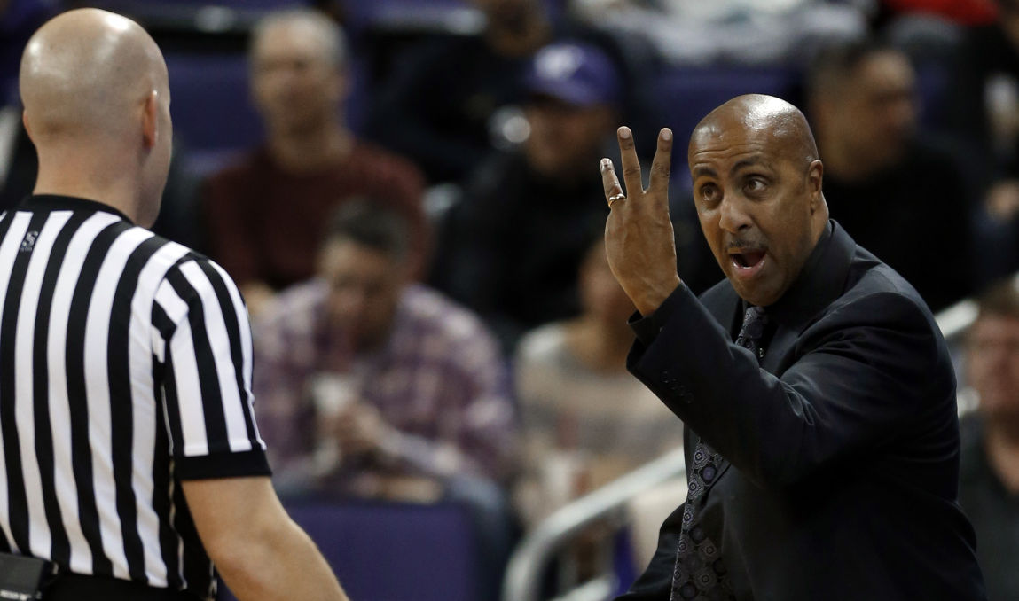 Three ways Lorenzo Romar could help Sean Miller, Arizona Wildcats improve