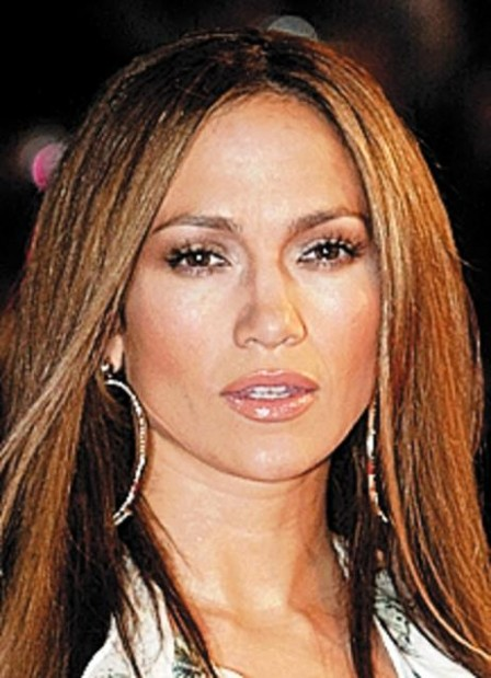 It's a first: J.Lo sings with hubby Anthony